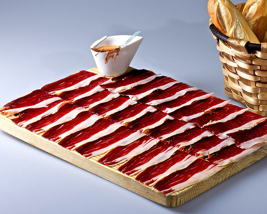 Pata negra calle laurel for Tabla para jamon serrano